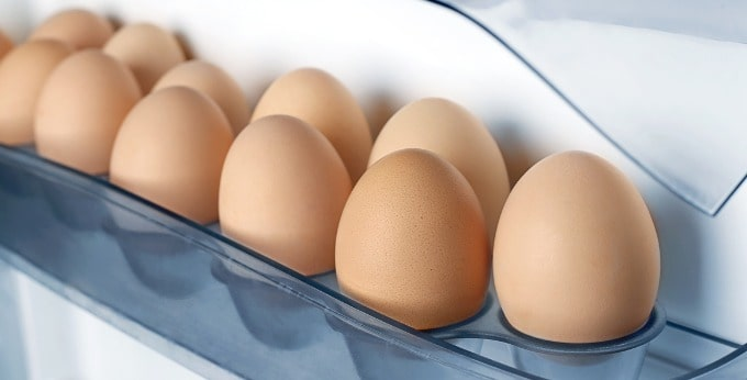 冷蔵庫ドアポケットの卵ケース